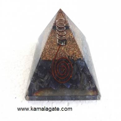 Amethyst Orgone pyramid with Quartz point [big]