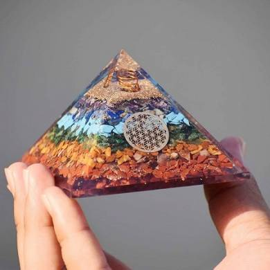 7 chakra Orgonite Pyramid Flower of life