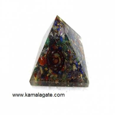 Orgone Mix Small Chips Stones Pyramid (Small)